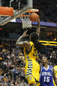 Jae Crowder recently did 16 repetitions on a 185-pound bench press. That would have been seventh most at last year's NBA Draft Combine. (Marquette Tribune)