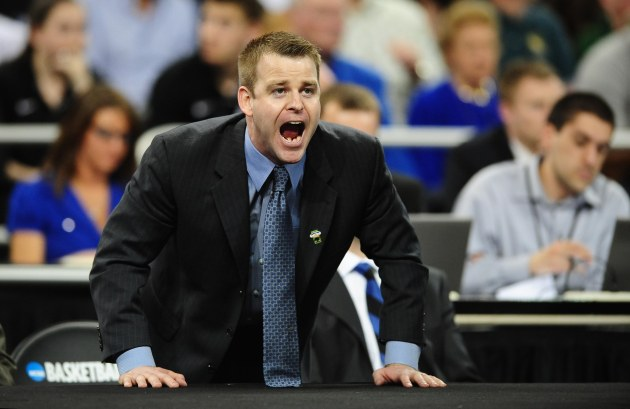 Duke assistant Steve Wojciechowski has emerged as a candidate for Marquette. (USA Today)