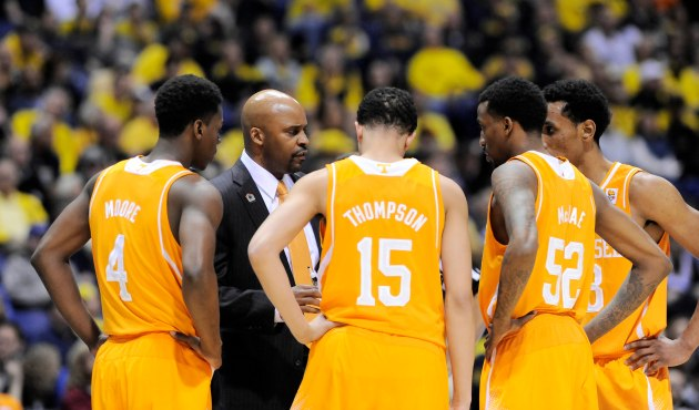 Marquette is showing interest in Tennessee head coach Cuonzo Martin, according to a report. (USA Today)